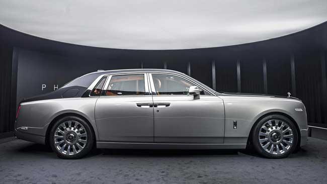 Rolls-Royce Phantom восьмого поколения