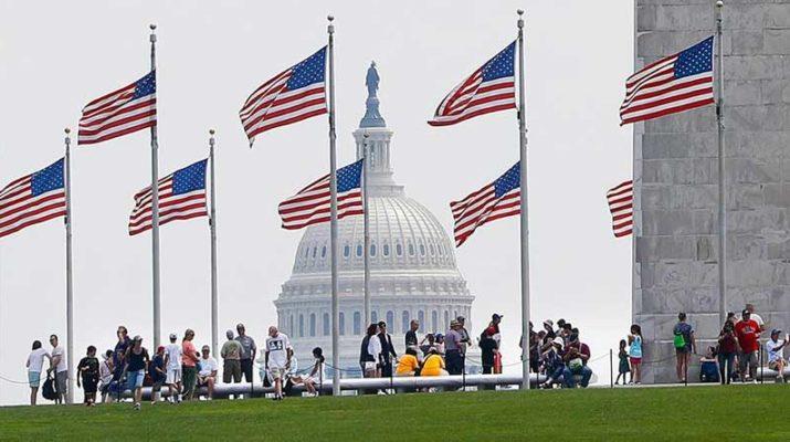 В США запретили въезжать гражданам восьми стран